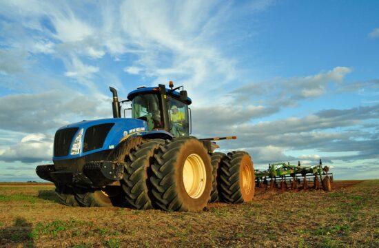 Katalogi części do maszyn rolniczych dostępne online